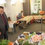 radní Václav Kroutil při návštěvě výstavy